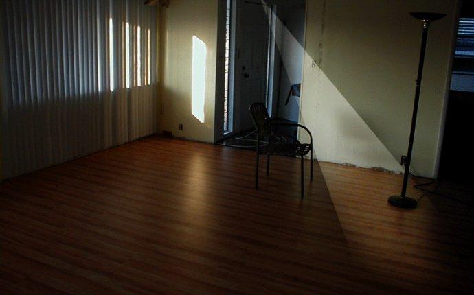 Просмотр темы - Лампочка и пустая комната